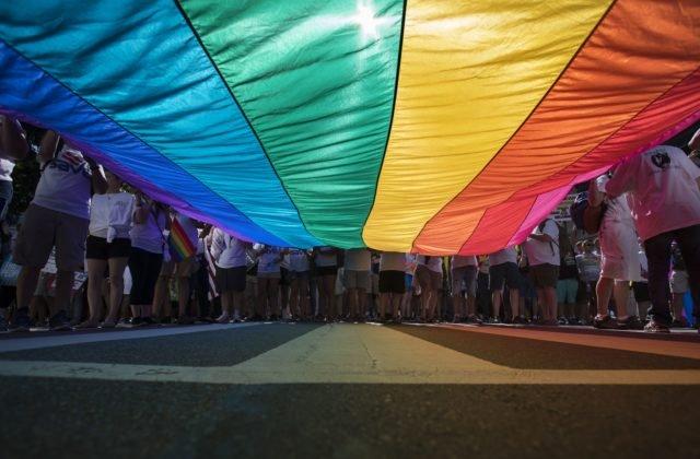Súd dal transgender žene za pravdu ohľadom užívania toaliet v škole