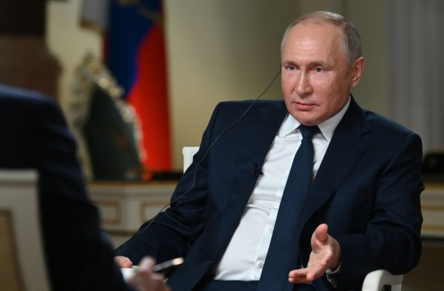 Putin predniesol zásadné vyjadrenie ohľadom migrácie (VIDEO)