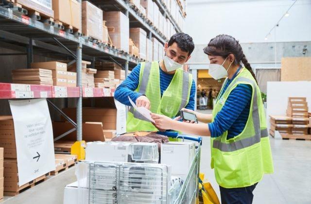 IKEA pomáha utečencom s uplatnením na trhu práce