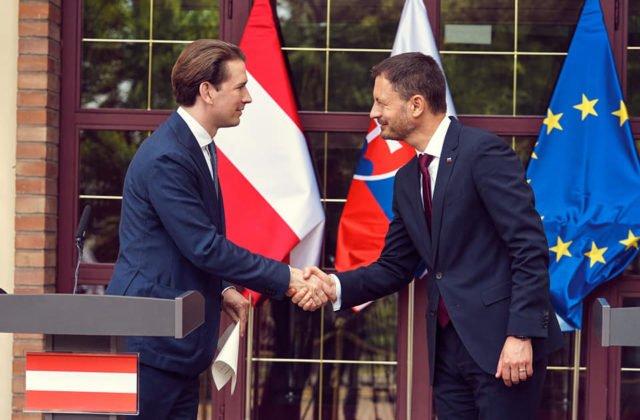 Premiér Heger sa stretol s rakúskym kancelárom Kurzom, verí v intenzívnejšiu spoluprácu