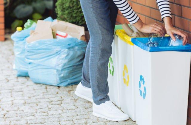 Nitra začala s výdajom bezplatných vedierok na kuchynský odpad