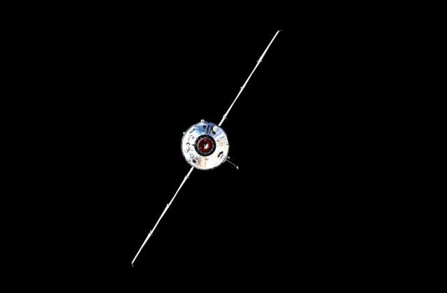 Nový ruský modul Nauka zapol omylom motory a vesmírnu stanicu ISS vytlačil zo svojej pozície