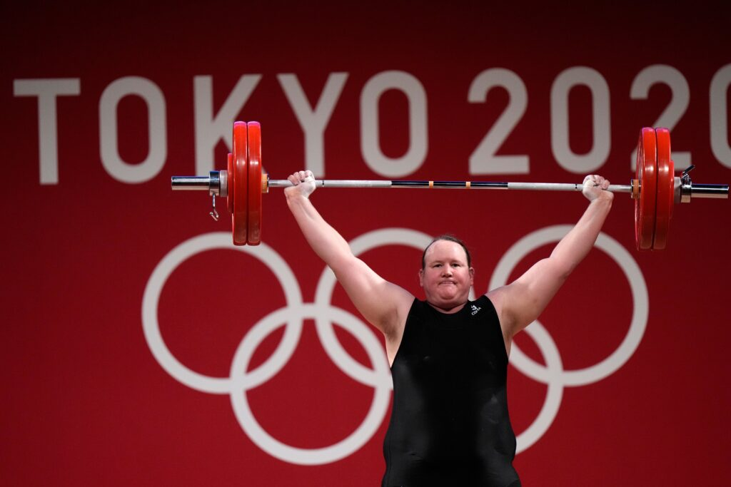 Transrodová vzpieračka Hubbardová pohorela na olympiáde v Tokiu, napriek tomu sa zapísala do histórie