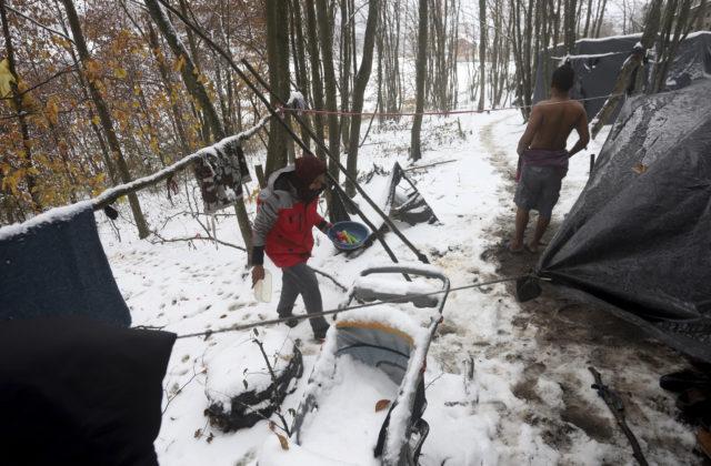 Bosna a Hercegovina nezvláda utečeneckú krízu, EÚ vyzýva na záchranu životov