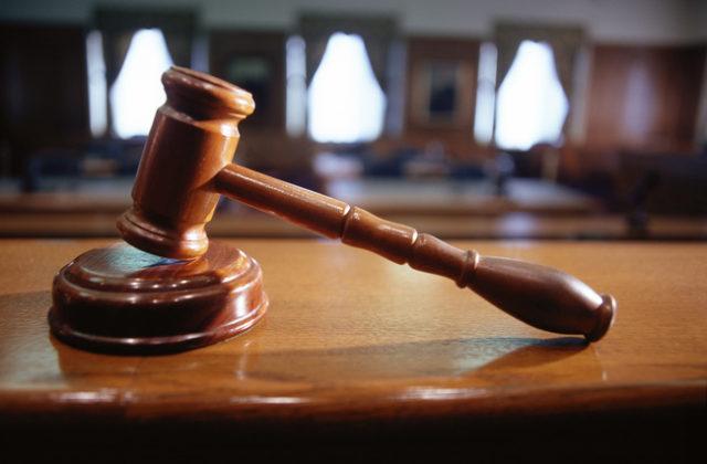 Dvojica obvinená v rámci akcie Plevel zostáva za mrežami, súd odmietol i peňažnú záruku