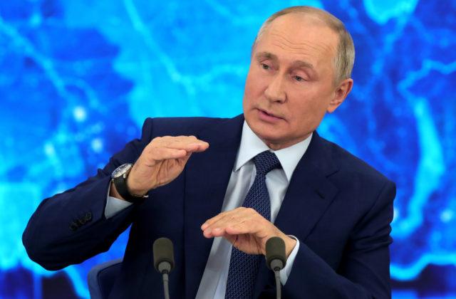 P.C.Roberts: Putin si uvedomil, že Západ je nepriateľom