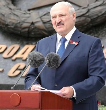 EÚ odsudzuje nátlak, ktorý vyvíja Bielorusko na Litvu migrantmi