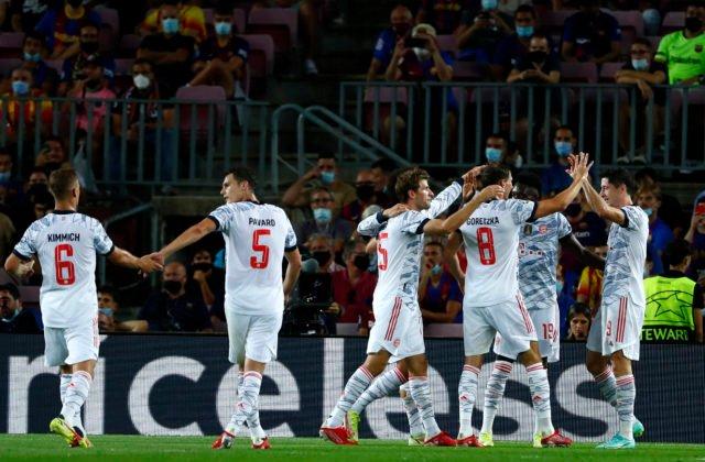 Futbalisti Bayernu opäť degradovali v Lige Majstrov Barcelonu, podľa Piquého jeho tím na viac nemá (video)