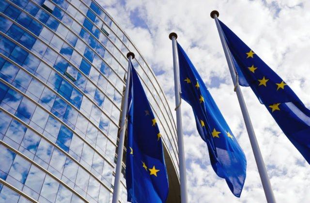 Európsky parlament schválil fond pre členské štáty, má pomôcť zvládnuť dopady odchodu Británie z Únie