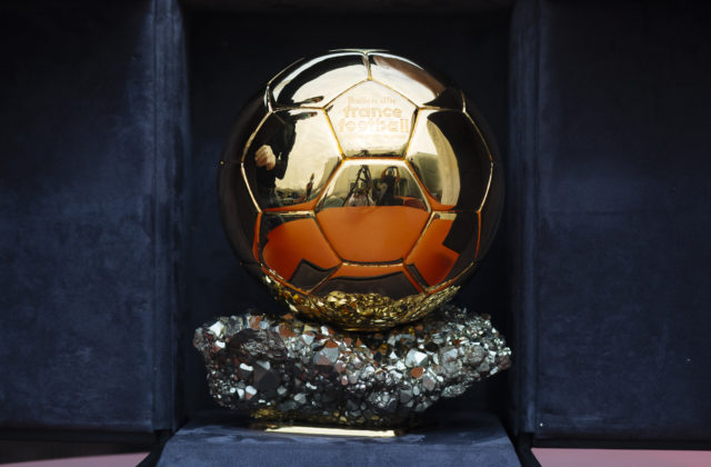 Komu udelia ocenenie Zlatá lopta za tento rok? Francúzsky denník favorizuje piatich futbalistov