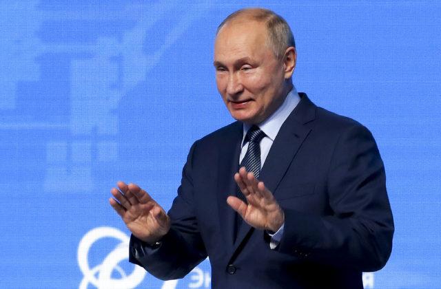 Rusko sa s uznaním Talibanu nebude podľa Putina ponáhľať, v Moskve sú naplánované rokovania