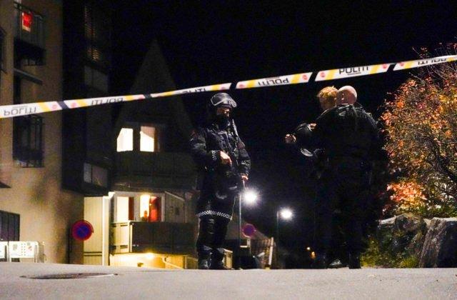 V Nórskom Kongsbergu vyčíňal útočník s lukom a šípmi, o život prišlo niekoľko osôb (video)
