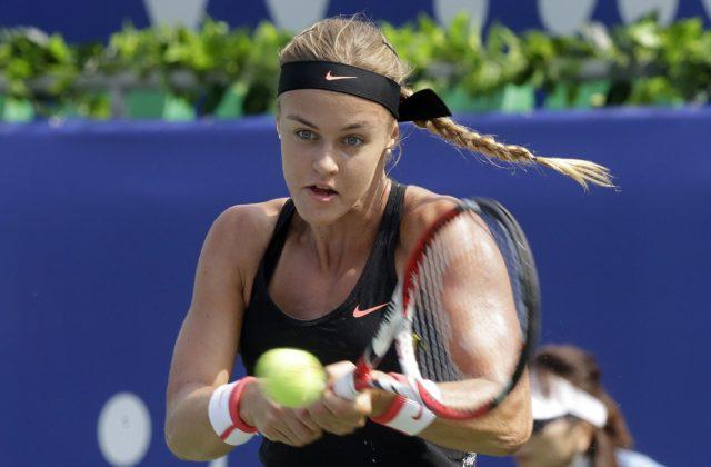 Karolína Schmiedlová ako kvalifikantka vyradila Venus Williamsovú, v Parme si zahrá druhé kolo