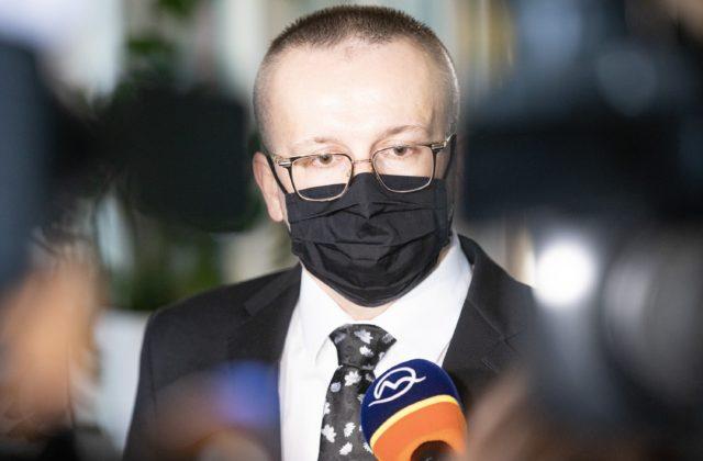 Obhajoba exriaditeľa SIS Pčolinského podala tresné stíhanie na kajúcnikov, Beňa a Kučerka nehovoria pravdu