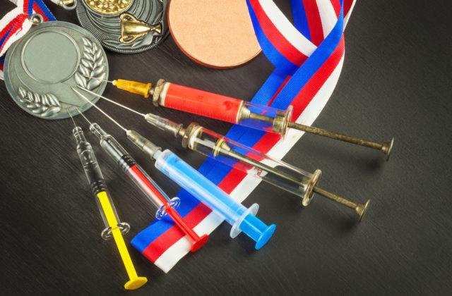 Uchov a ďalší ruskí atléti prišli o medaily, pre troch slovenských výškarov to znamená posun dopredu