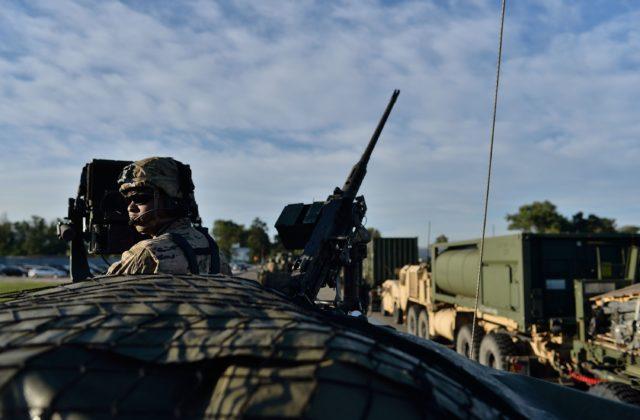 Počet presunov vojenskej techniky cez Slovensko minulý rok výrazne klesol