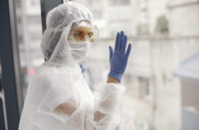 Na Slovensku je nový liek proti covidu, začne sa s liečbou monoklonálnymi protilátkami
