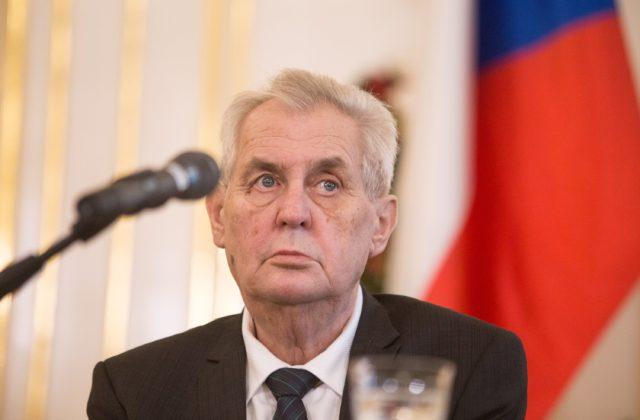 Český prezident Zeman zvolá schôdzu snemovne v novembri, zvolil najvzdialenejší možný termín