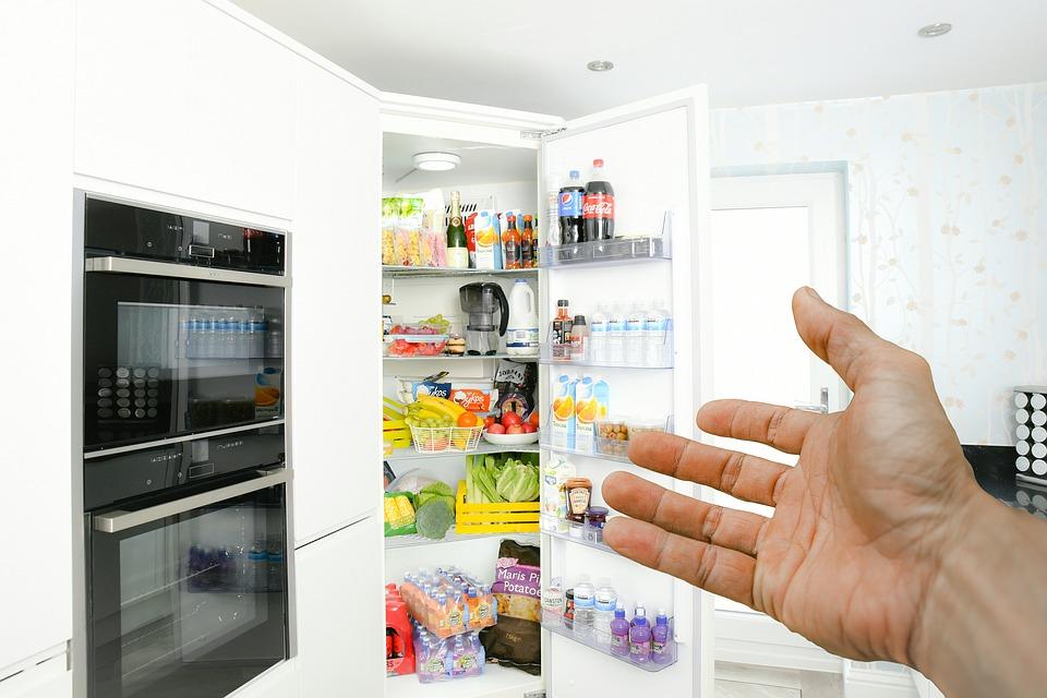 Europarlament rokuje o zákazu chladničiek a mrazničiek. Ten dôvod Vás dostane