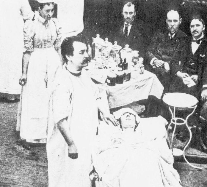 Nicholas Senn: doktor, ktorý liečil vtláčaním vodíka do konečníka