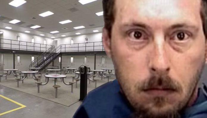 Pedofila, ktorý znásilňoval chlapcov a dievčatá, vo väzení ho pätnásťkrát zbili spoluväzni