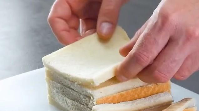 Párok so syrom v strúhanke (rýchly recept)