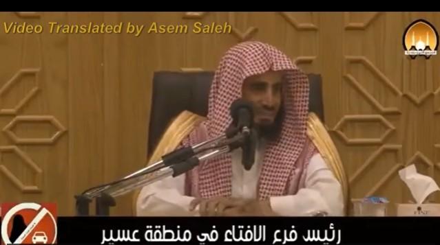 """Saudský kazateľ povedal, že ženy nemôžu šoférovať, pretože majú """"štvrtinu mozgu"""". Myslí si, že chodia veľa nakupovať a tým sa im zmenšuje mozog"""