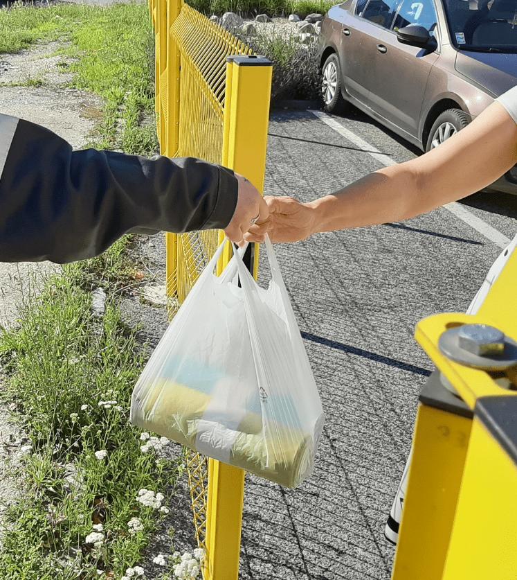 Vrecový zber triedeného odpadu z rodinných domov sa má rozšíriť na celú Bratislavu